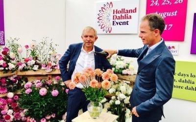 Bart Siemerink opent Holland Dahlia Event op Plantarium